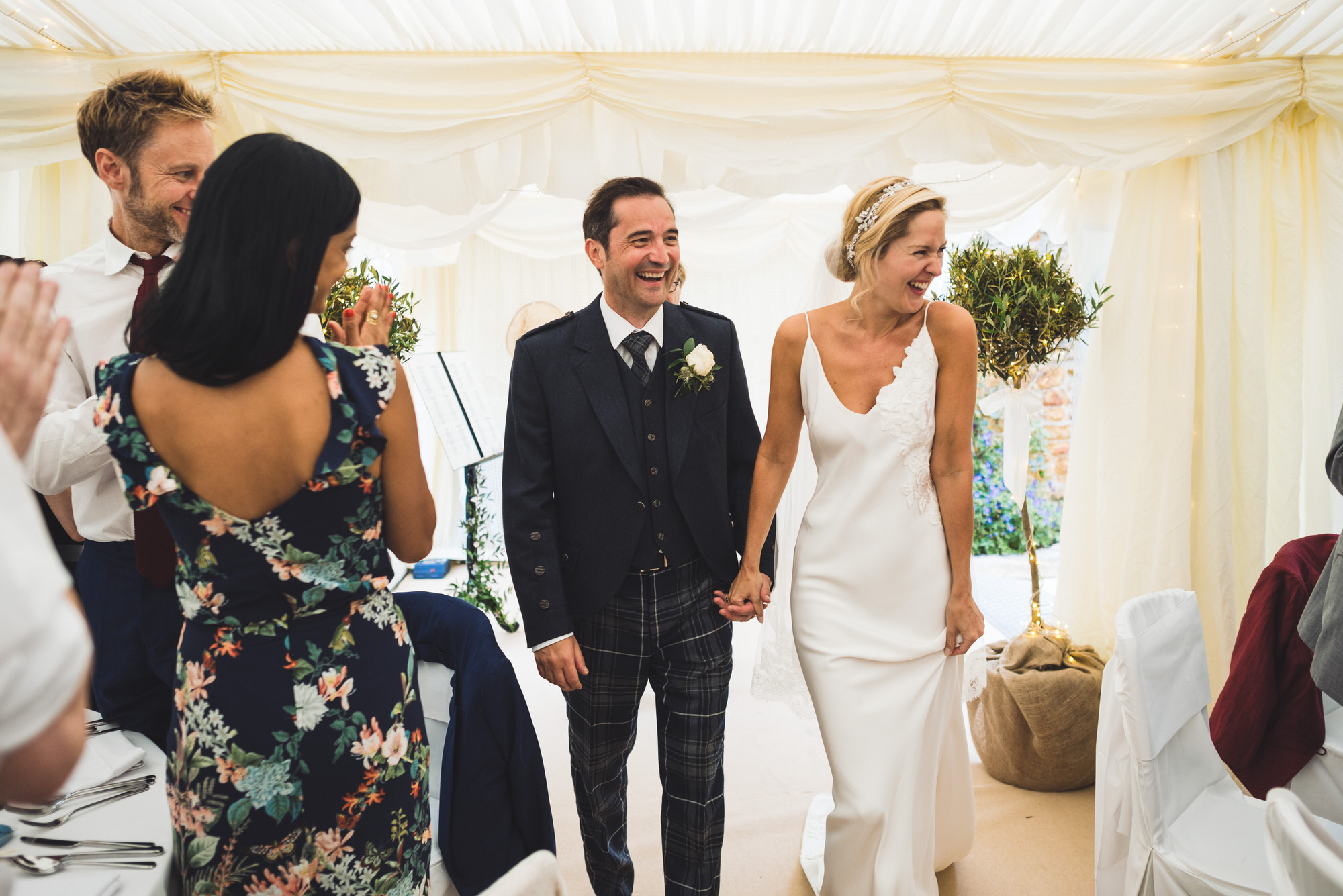 Dorset marquee wedding by the sea simon biffen photography 38