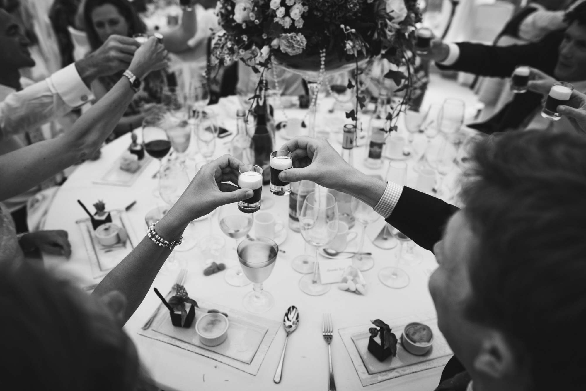 Dorset marquee wedding by the sea simon biffen photography 42
