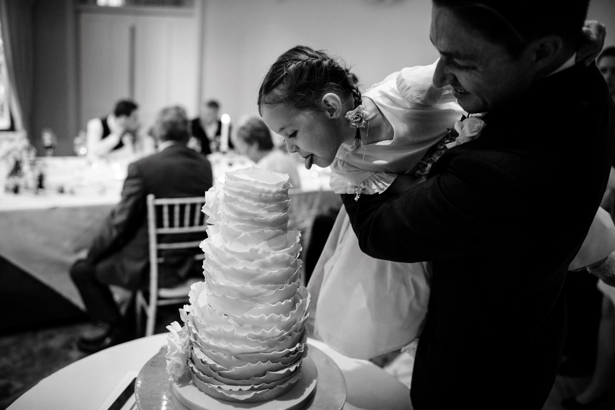Wedding cake lick