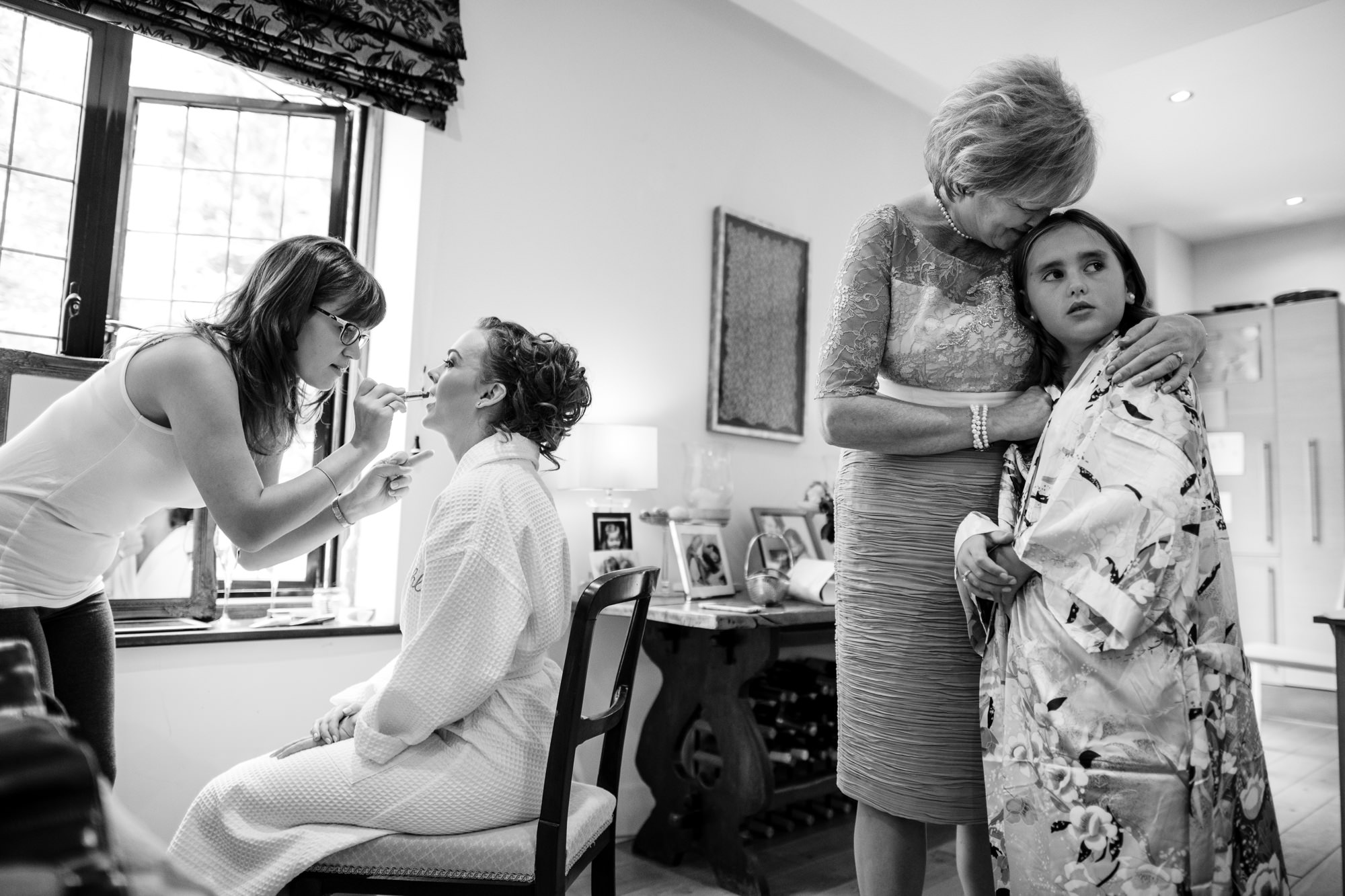 Kent documentary wedding photographer